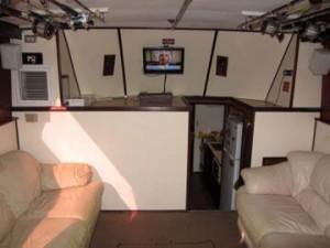Six Pack Boat Salon